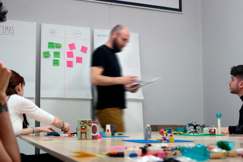 LEGO Serious Play empresas: aprender, conocerse y decidir jugando